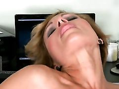 Dark-haired Szilvia Lauren Proves That She Can Give Man-meat Rubdown Like No Other  - Pornalized.com Erotic Tube