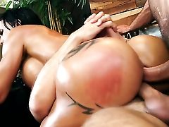 Toni Ribas Bangs Mummy Jewels Jade With Round Slave As Hard As Possible In Ass Fucking Act