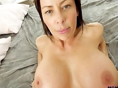 Big-boobed Alexis Fawx Makes A Dick Vanish In Her Cock-squeezing Moist Cunt
