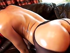 Sexy Mischa Brooks Gets Wild While Having Van Wylde Banging Her Oiled Culo Fuck Hole