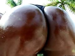 Black Curvy Vamp Jada Fire In Hardly There Bathing Suit Pulls