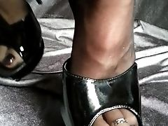 Nylons Feet Shoeplay
