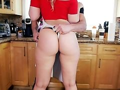 Blonde Haired Housewife Alexis Texas In Cock-squeezing Undies Puts Her