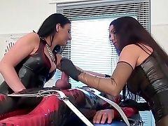 Sadism & Masochism Gals Starlet Mistress Luci And Krankenschwester Eins Torment A Sub