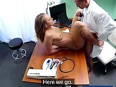 Fakehospital Physician Gives Fuck-fest Support To Patient