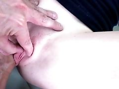 Inexperienced Teenage Fucked On The Back Seat