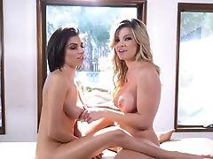 Big Tittied Bitchy Blondie Adriana Sephora Entices Sexy Blackhead Chick In Rubdown Salon